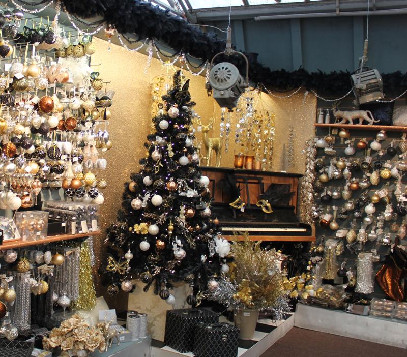 Bbrown Glitter In Garsons Christmas Display